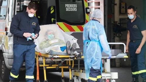 Coronavirus : au moins 6 507 décès en France