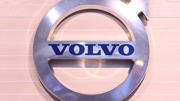 Volvo issues recall notice