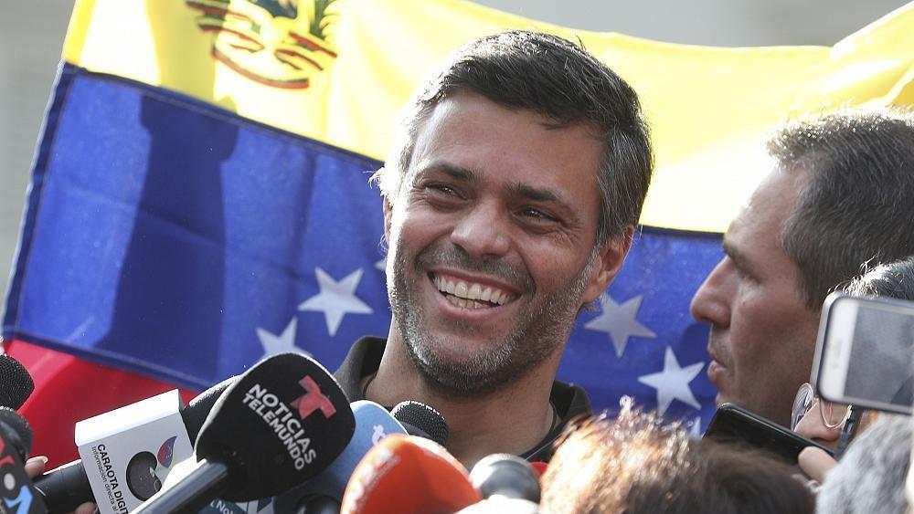 Fuga dal Venezuela: l'oppositore Leopoldo López lascia il Paese