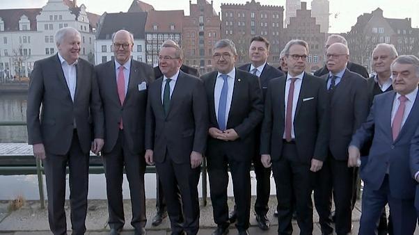 Deutsche Innenminister wollen härter gegen Rechtsextreme vorgehen