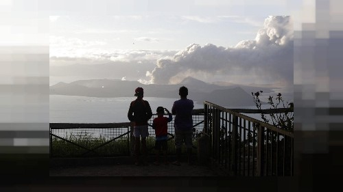 Philippines : le volcan Taal menace, la population s'adapte
