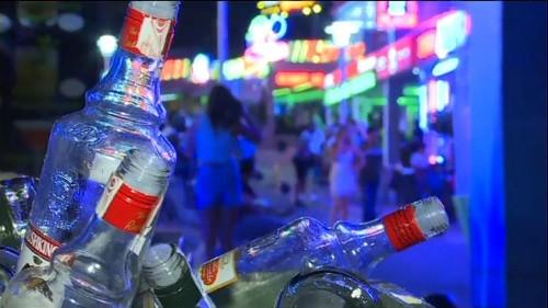 Baléares : bientôt fini, le tourisme de l'alcool ?