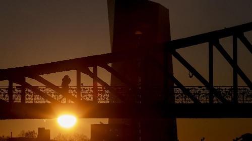 100 milliards d'euros pour préserver l'emploi et les entreprises