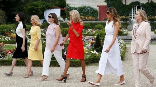"""Les """"premières dames"""" à la découverte de la culture basque"""
