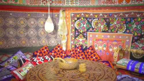 Almatı'da eski gelenekler yeniden canlanıyor