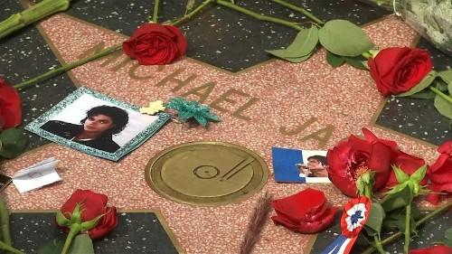 Malgré une image écornée, Michael Jackson garde ses fans dix ans après sa mort