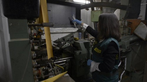 Spanish police uncover underground counterfeit cigarette factory