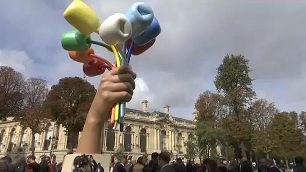 Tulpenstrauß für Terroropfer: Streit um Jeff Koons-Skulptur in Paris