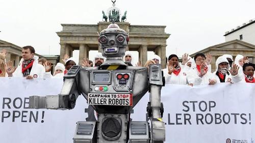 Berlin: Protest gegen autonome Waffensysteme