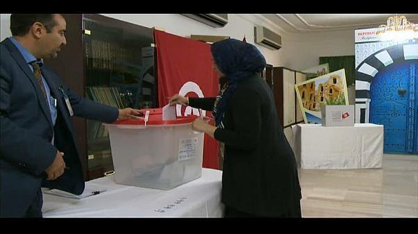Tunisie : premier tour d'une présidentielle incertaine