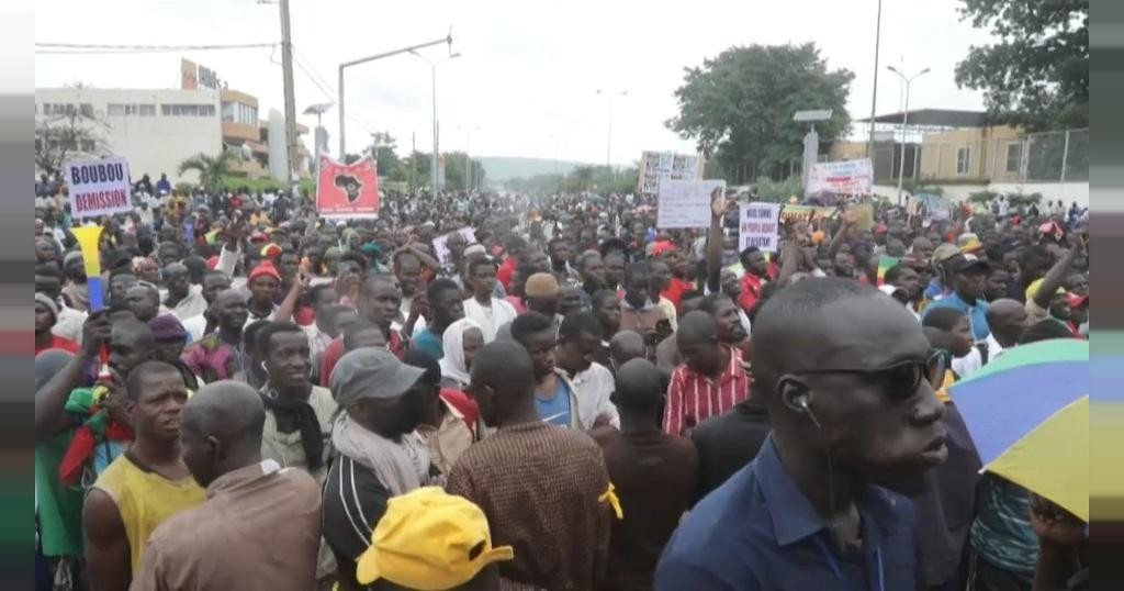 Malians take to streets of Barnarko again to protest against President Keita | Africanews
