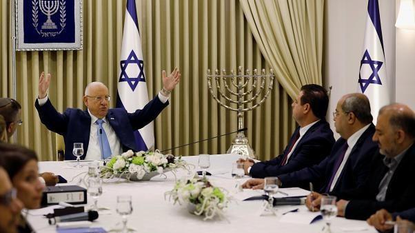 روفلين يجري محادثات مع نتنياهو وغانتس لتشكيل حكومة إسرائيلية جديدة