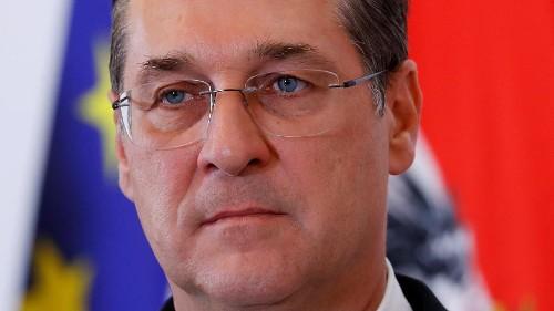 """Österreichs Muslime sagen """"Es reicht"""" und klagen gegen HC Strache"""