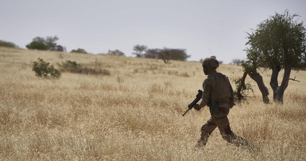 Burkina : trois gendarmes tués par l'explosion d'un engin artisanal dans le Nord-Ouest | Africanews