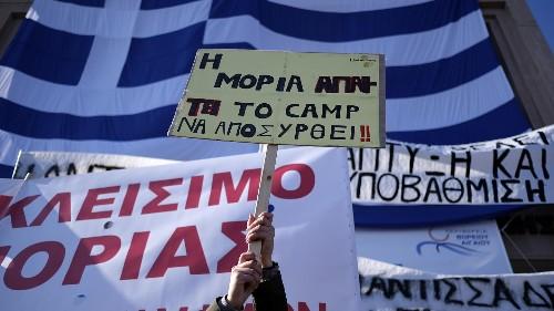 Les îles grecques disent stop à la surpopulation migratoire