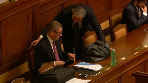 Börtönbe mehet a cseh kormányfő