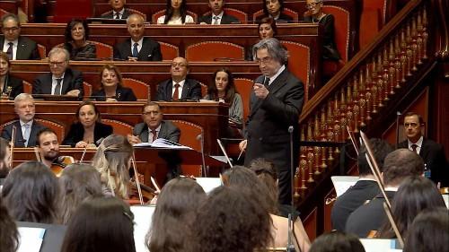 Riccardo Muti conducts Christmas concert in Italian Senate