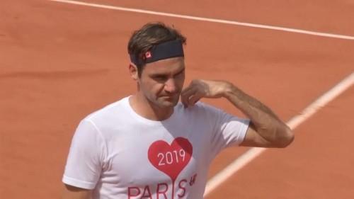 Knieoperation: Roger Federer fällt bis Juni aus