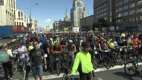 El Festival de la Bicicleta de Moscú atrae a más 40.000 apasionados de las dos ruedas