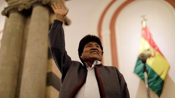 تاکید دوباره مورالس بر پیروزی در انتخابات بولیوی: کودتا در حال انجام است