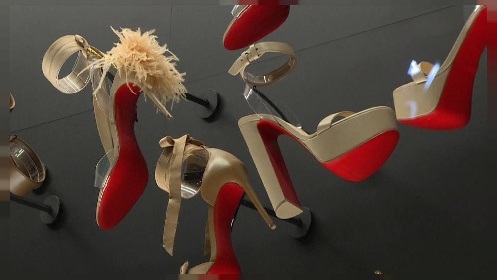 Exposição dedicada a Louboutin em Paris