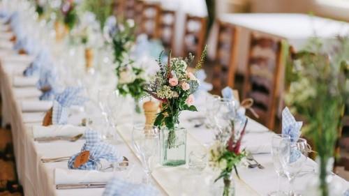 Tips to throw an eco-conscious wedding