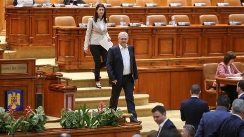 Tinder match, parallel state: social media reactions to Liviu Dragnea's conviction