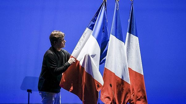 French Presidential campaign mired in scandal