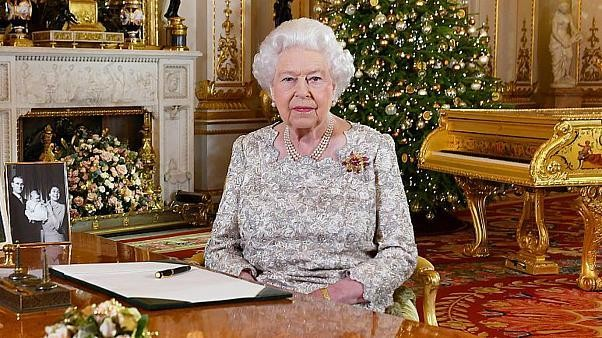 """الملكة اليزابيث الثانية وتداعيات """"بريكست"""""""