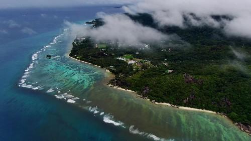 Les Seychelles, l'un de ces petits États insulaires victimes du changement climatique