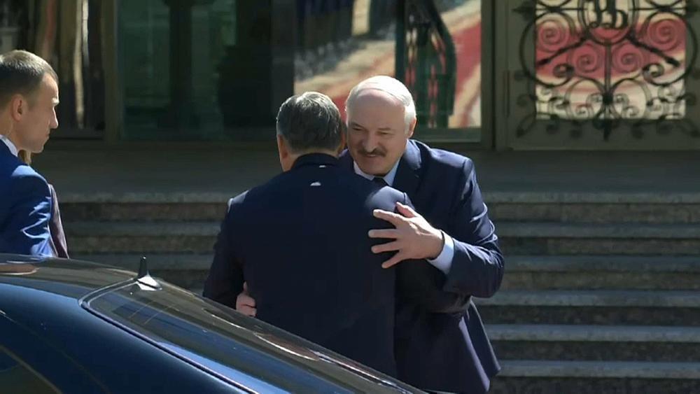 En visite en Biélorussie, Orban appelle à la levée des sanctions européennes