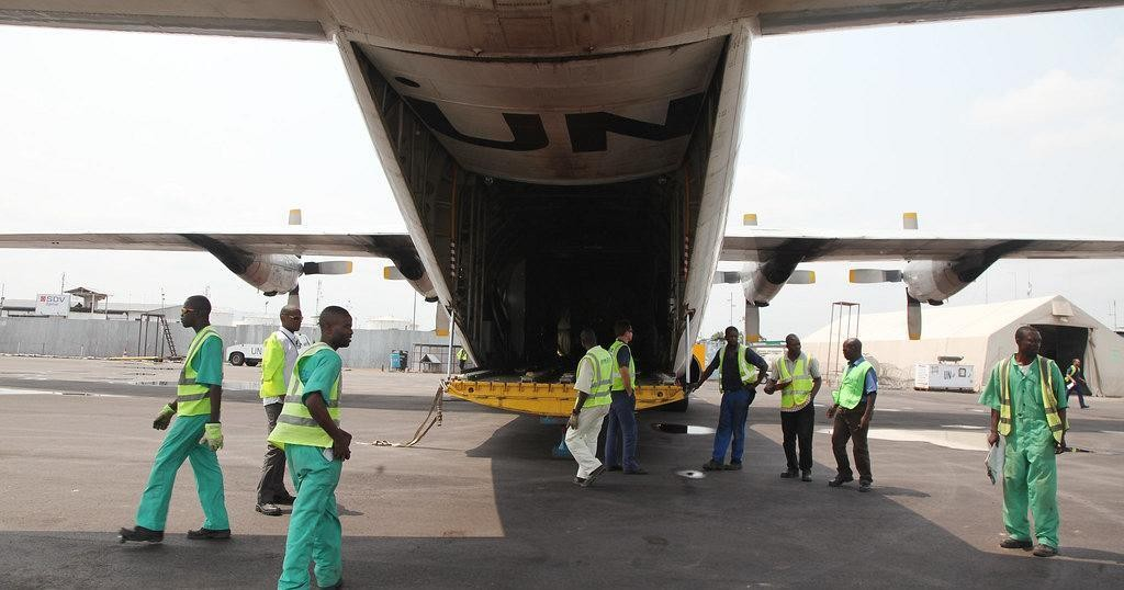 Tshisekedi's staff feared dead after plane crash in eastern DRC | Africanews