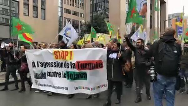 Proteste gegen EU-Reaktion auf türkische Syrien-Offensive