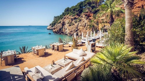The Amante Beach Club -The Best Beach Restaurant in Ibiza