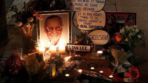 Az internet népe Stan Lee-t gyászolja