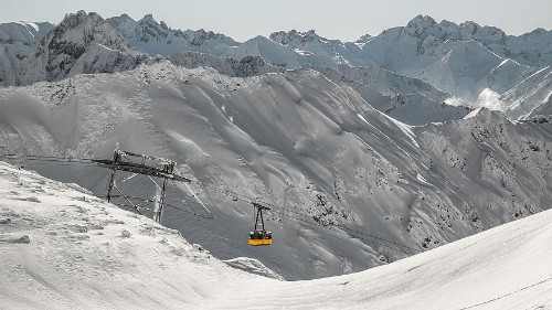 One dead, one missing in Bavaria avalanche