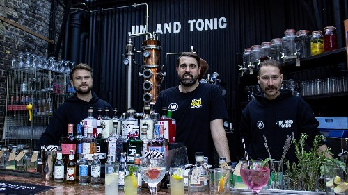 This team are making amazing cocktails with sustainable London gin