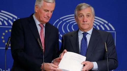 Brexit: caos a Londra, Bruxelles mantiene la calma