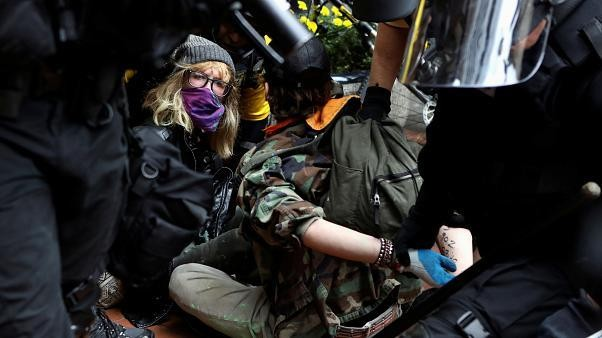 Far-right and anti-fascist groups clash at a rally in the American city of Portland