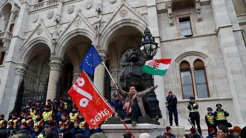 مجارستان اتحادیه اروپا را تهدید کرد: به کارزار ضد مهاجرتی ادامه میدهیم