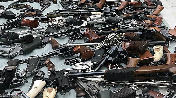 اعتقال 205 أشخاص ومصادرة 638 قطعة سلاح خلال عملية أمنية في بلجيكا