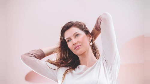 Gisele Bündchen cashes in on mental health 'trend' to sell £152 Dior serum