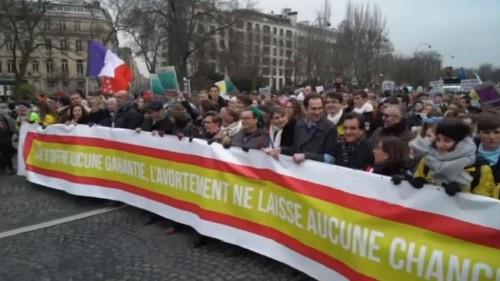 Zehntausende Franzosen demonstrieren gegen Schwangerschaftsabbruch und künstliche Befruchtung
