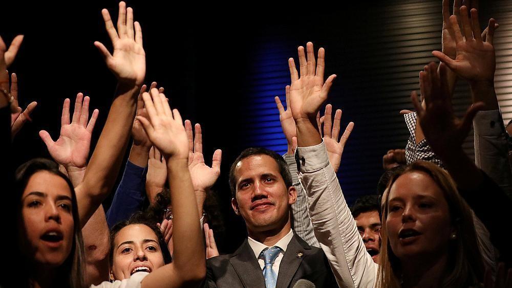 Il Venezuela tra due presidenti: Guaidò e Maduro cover image