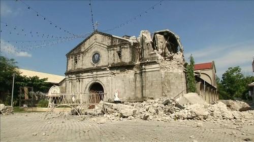 Φιλιππίνες: Αναζήτηση επιζώντων