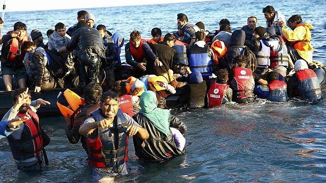 الاجئين - Magazine cover