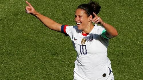 Defending champions USA beat Chile 3-0