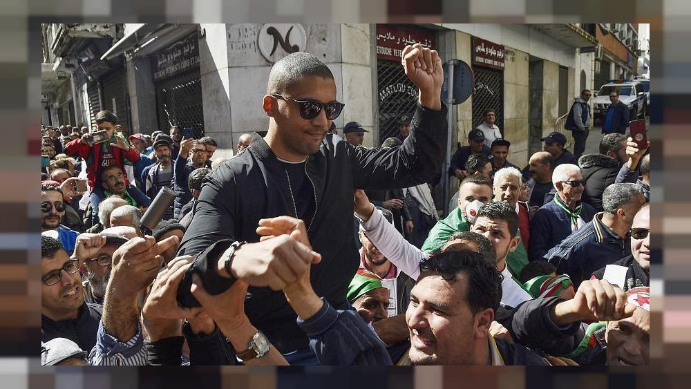 كيف كانت ردود أفعال الجزائريين على الحكم بسجن الصحفي خالد درارني؟