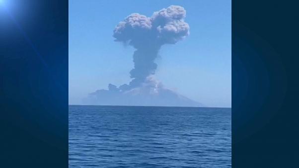 Heftiger Ausbruch am Vulkan Stromboli