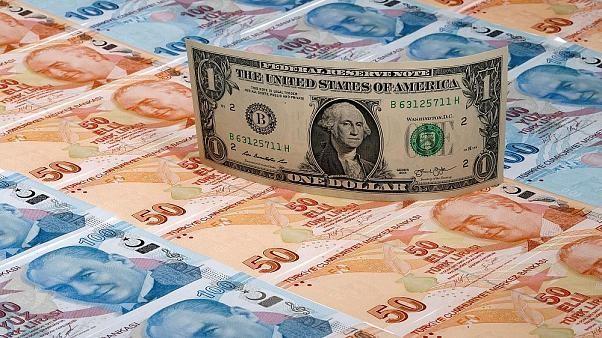 Ticaret savaşları Asya borsalarını vurdu, Yuan son 11 yılın en düşük seviyesini gördü